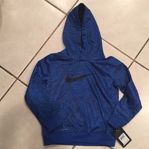 New Nike Therma Dri-FIt Boys Pullover Hoodie